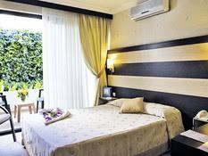 Hotel Piril Bild 02