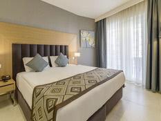 Ramada Resort Kusadasi Bild 03