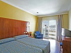 Hotel Perla Marina Bild 02