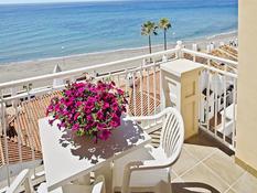 Hotel Perla Marina Bild 01