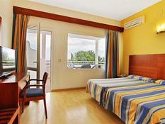Hotel Palia La Roca Bild 02