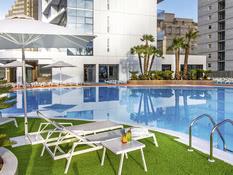 Hotel Suitopia Sol y Mar Suites Bild 01