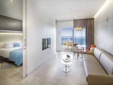 Hotel Suitopia Sol y Mar Suites Bild 06