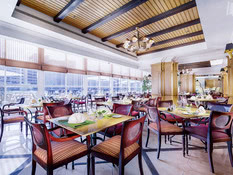 Corniche Hotel Abu Dhabi Bild 04