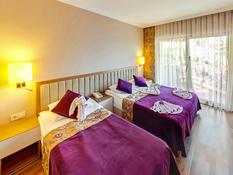 Hotel Kilikya Resort Camyuva Bild 08