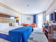 Hotel Maritim Pine Beach Bild 04