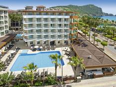 Riviera Hotel & Spa Bild 01