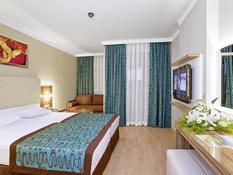 Riviera Hotel & Spa Bild 02