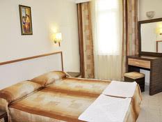 Primera Suite Hotel Bild 02