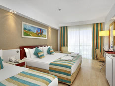 Hotel Sunis Evren Beach Resort & Spa Bild 02
