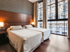 Hotel Barcelona Colonial Bild 01