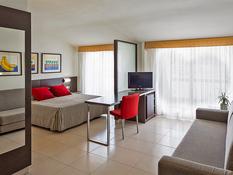 Aqua Hotel Montagut Suites Bild 09