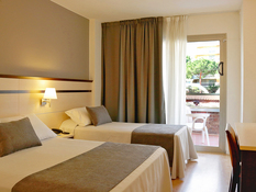 Hotel Golden Port Salou Bild 02