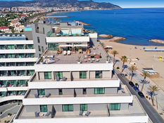 Hotel ME Sitges Terramar Bild 06