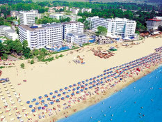 Chaika Beach Resort Bild 01