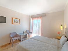Hotel Livadi Nafsika Bild 08