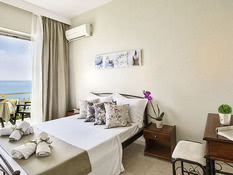 Hotel Aurora Beach Bild 02