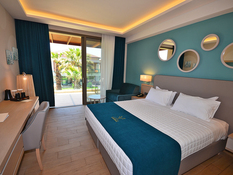 Almyros Beach Resort & Spa Bild 03