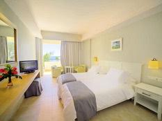 Hotel Elea Beach Bild 03