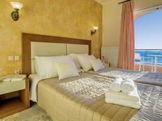 Hotel Philoxenia Bild 02