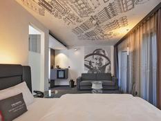 V8 Hotel Köln Bild 02