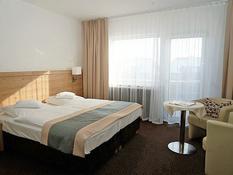 Land-Gut-Hotel Zum Alten Forsthaus Bild 02