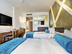 Hotel Camelot Beach Bild 04