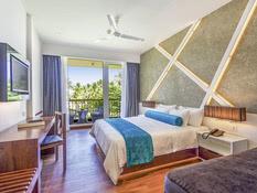 Hotel Camelot Beach Bild 02