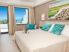 Hotel Acacia Marina Bild 02