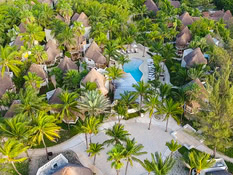 Hotel Mahekal Beach Resort Bild 02