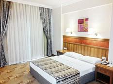 Hotel Green Nature Resort Bild 02