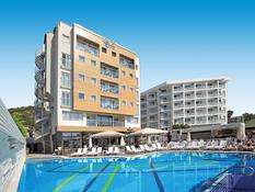 Cettia Beach Resort Bild 02