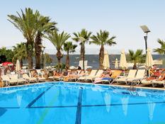 Cettia Beach Resort Bild 05