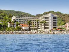 Hotel Golden Rock Beach Bild 01