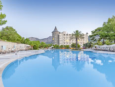 Castle Resort & Spa Bild 01