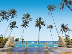 Candi Beach Resort & Spa Bild 10