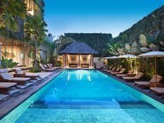 Ubud Village Hotel Bild 01