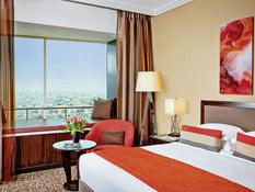 Hotel Towers Rotana Bild 02