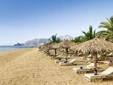 Le Meridien Al Aqah Beach Resort Bild 02
