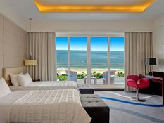 Le Meridien Al Aqah Beach Resort Bild 03