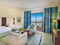 Hotel Hilton Dubai The Walk Bild 11