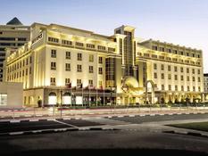 Mövenpick Hotel Bur Dubai Bild 11