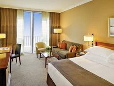 Mövenpick Hotel Bur Dubai Bild 12