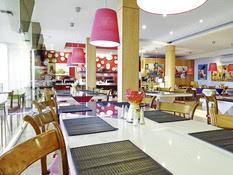 Charming Hotel Luzmar Villas Bild 03