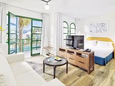 H10 Hotel Ocean Suites Bild 02