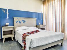 Hotel Kyma Suites Beach Bild 05