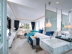 Radisson Blu Beach Resort Bild 09