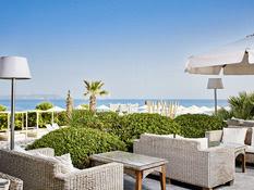 Hotel The Island Bild 04