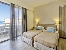 Hotel Lefkoniko Beach & Bay Bild 02