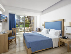 Aeolos Beach Resort Bild 03